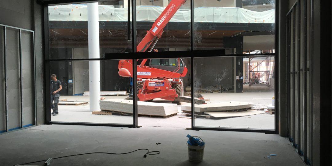 """Etalage """"Flying Tiger"""" in nieuw winkelcentrum """"Docks Bruxsel"""""""